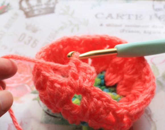 鎖編みと2回の長編み