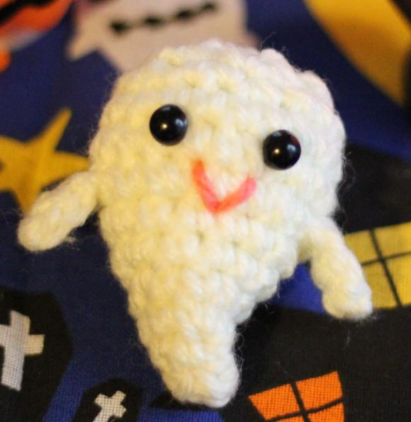 かぎ編みのおばけ