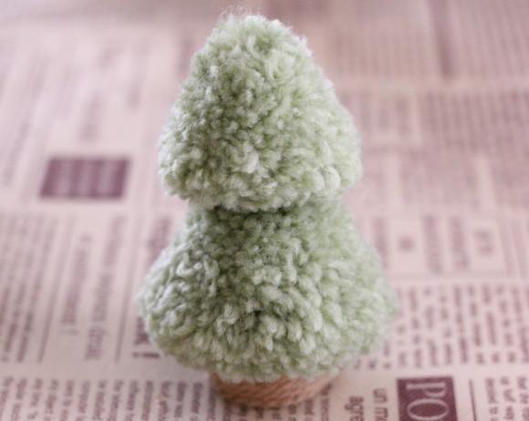 ポンポンクリスマスツリーの作り方