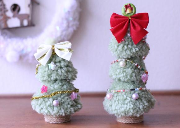 ポンポンで作ったクリスマスツリー