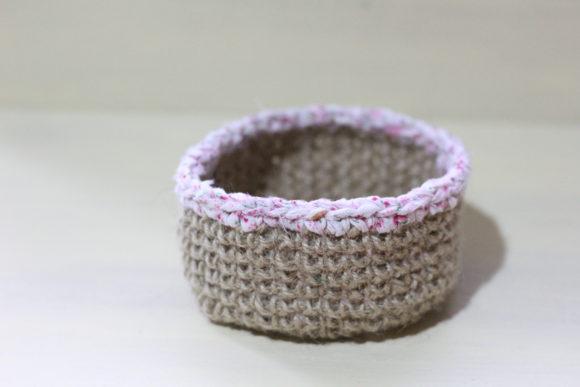 麻紐で編む小物入れの作り方