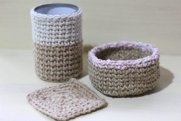 麻紐を使って編んだ小物